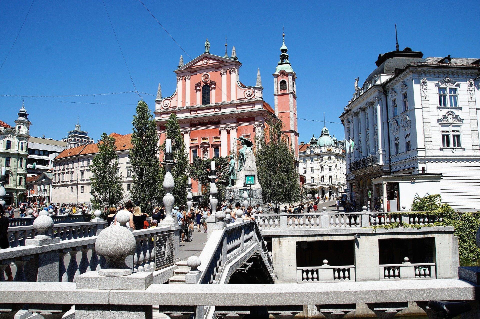 Radtour nach Slowenien und die Stadt Ljubljana erkunden