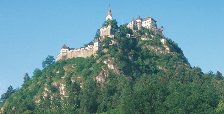 Kerékpározás és Karintia történelmi nevezetességeinek - Hochosterwitz-kastély - megismerése
