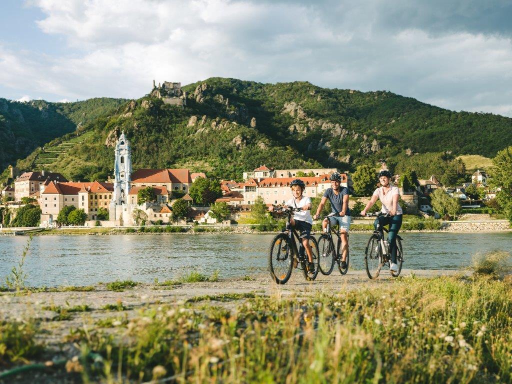 Donauradweg in Dürnstein-ein toller Radurlaub