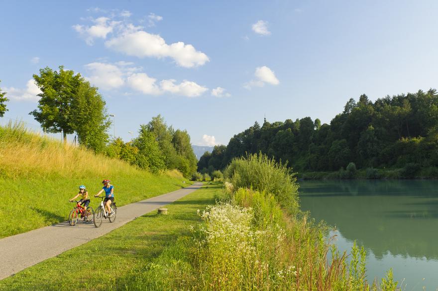 A Drau kerékpárút Európa egyik leghíresebb kerékpárútja - fedezze fel kerékpárral