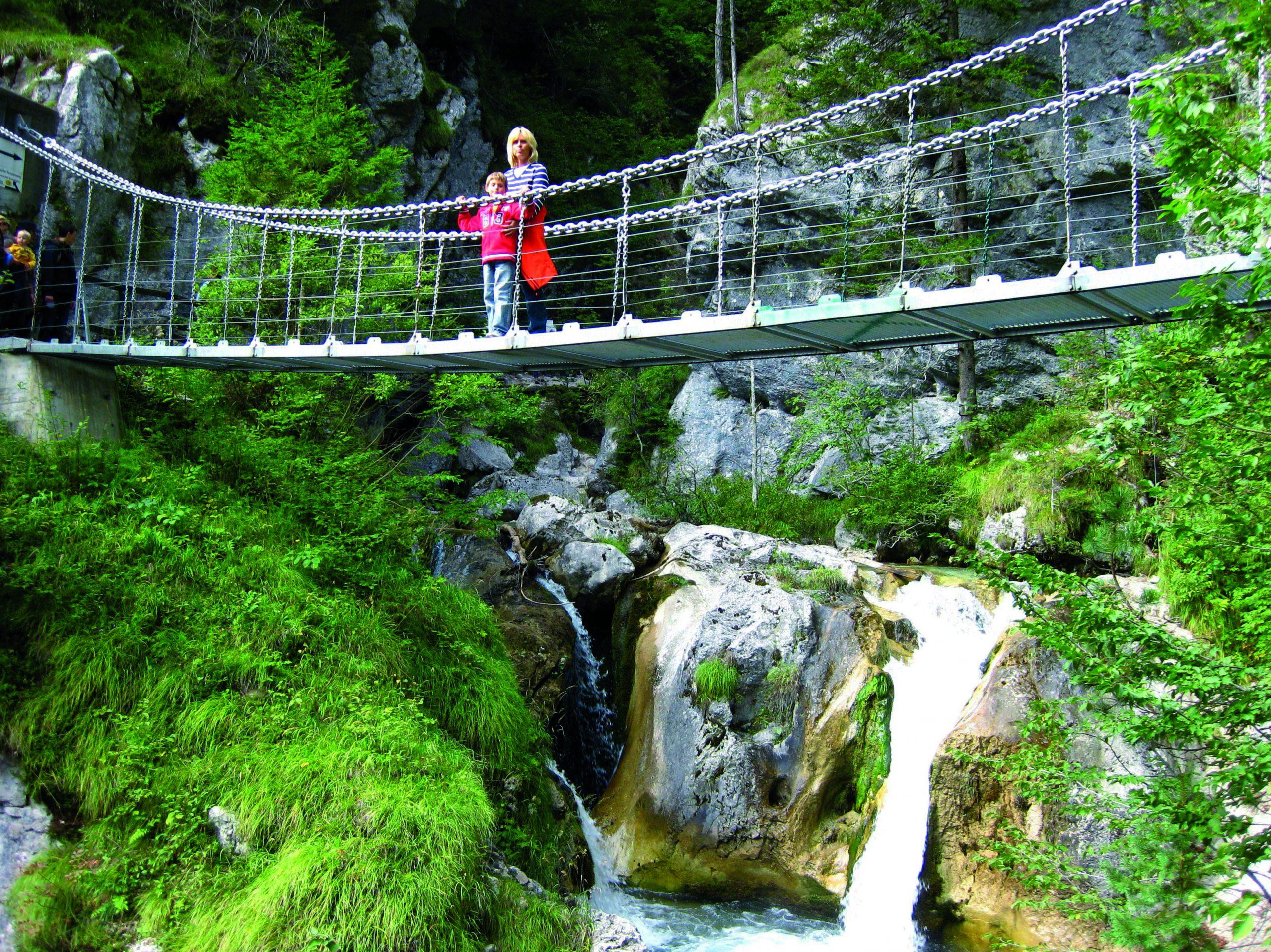 Remek lehetőségek vannak kirándulásokra egy kerékpáros nyaralás alkalmával - a ferchachi Tscheppaschluchtban