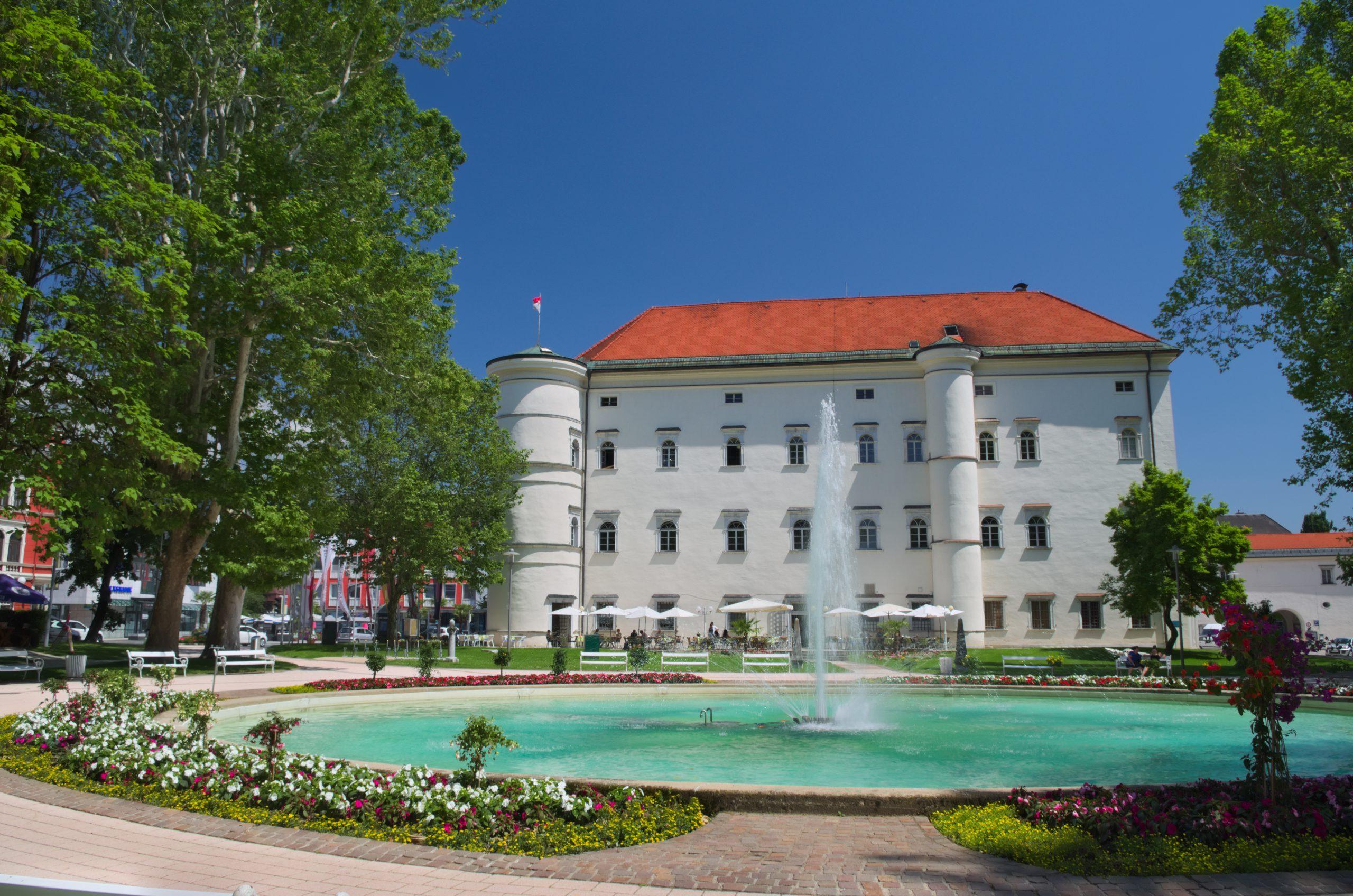 schönstes Renaissancebauwerk Österreichs - das Schloss Porcia