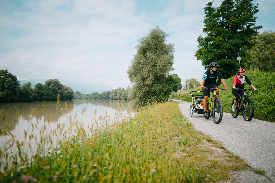 cycle on the Drau Cycle Path from Toblach in South Tyrol to Maribor in Slovenia