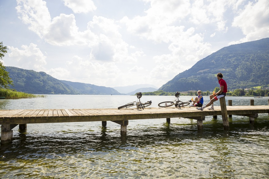 A cycling holiday with bathing fun - Lake Ossiach invites you to take a break