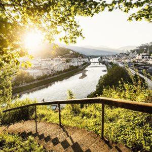 der grenzüberschreitende Alpe Adria Radweg führt von Salzburg quer durch die Alpen bis an die italienische Adria