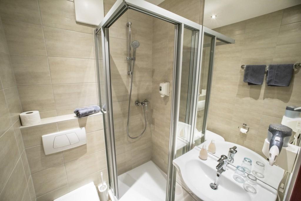 Alapvető fürdőszoba