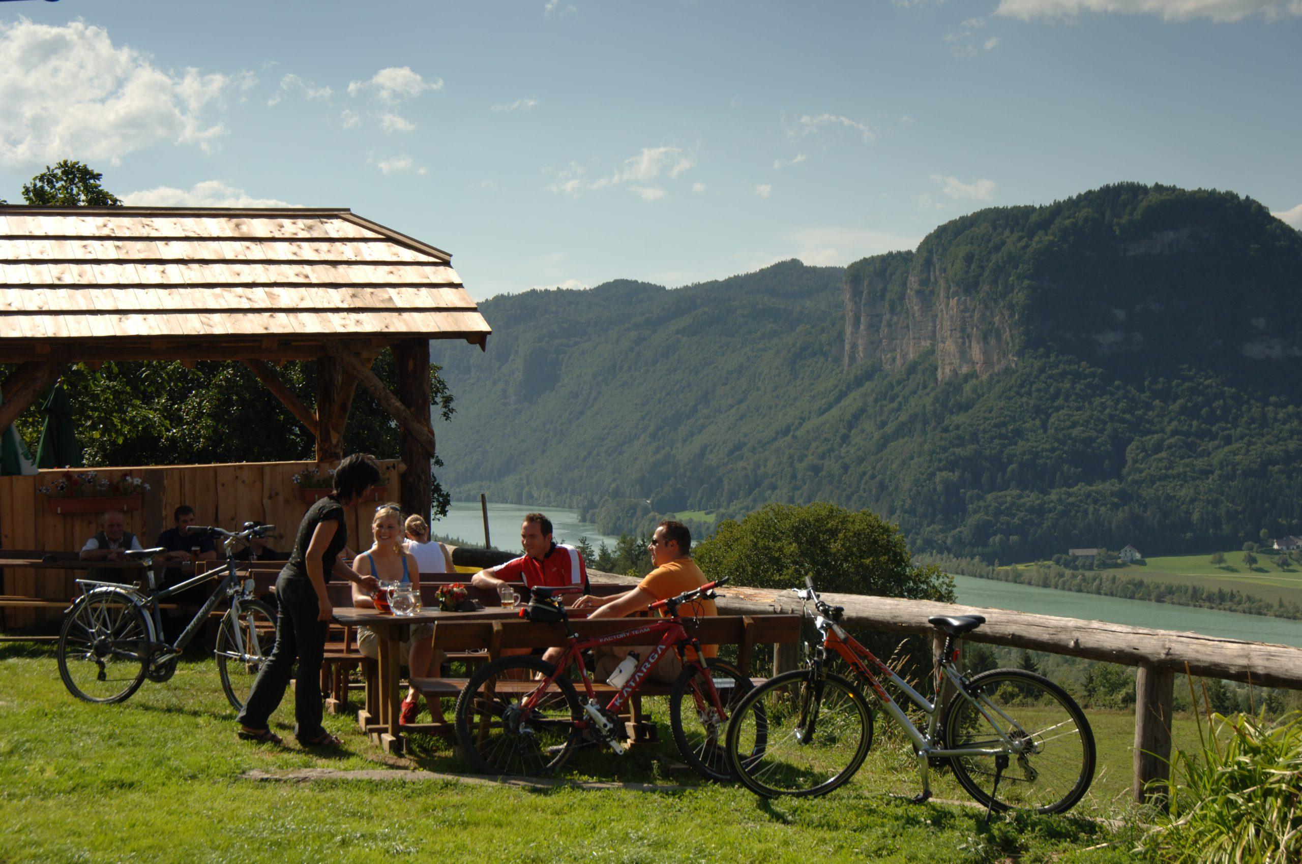 Fedezze fel kerékpárral a Drau kerékpárutat, és kóstolja meg a karintiai finomságokat