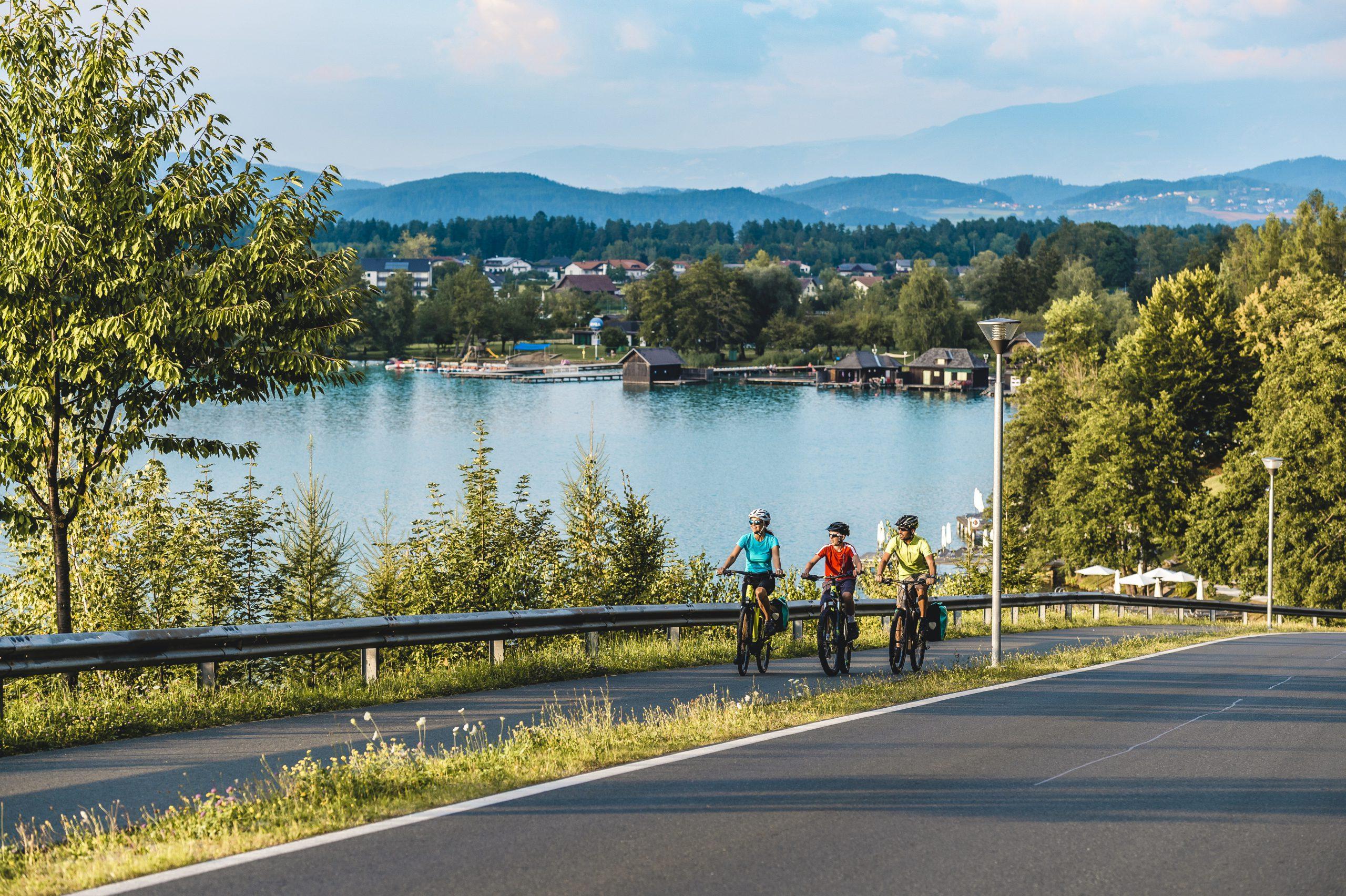 Kerékpárral megkerülve a Klopeiner See-t - öröm a kerékpárosok számára