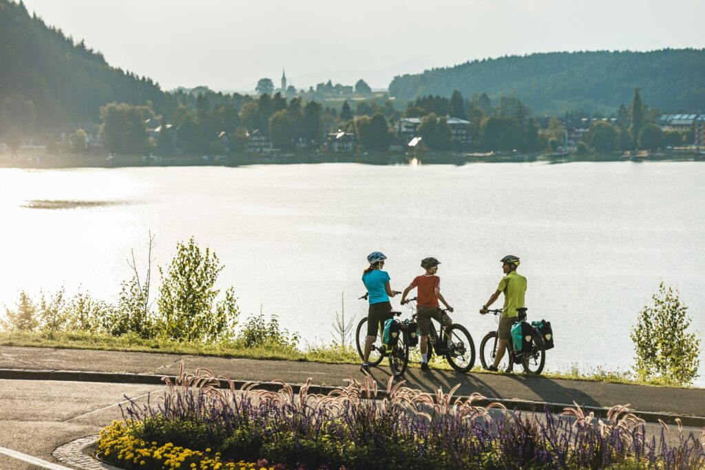 vacances agréables à Saint-Kanzian - faire le tour du Klopeiner See à vélo