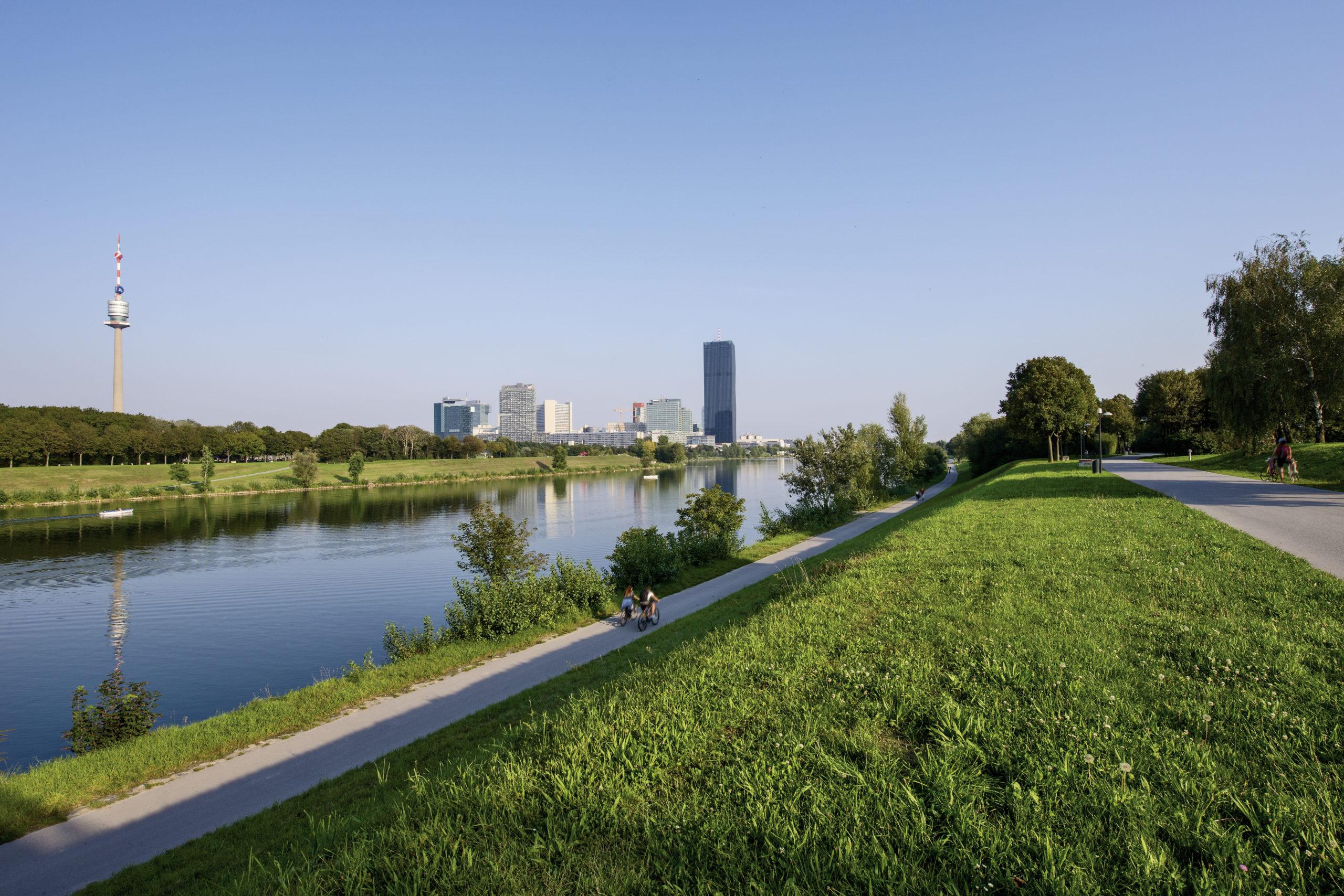 Radtour durch Wien genießen und die Donauinsel erkunden