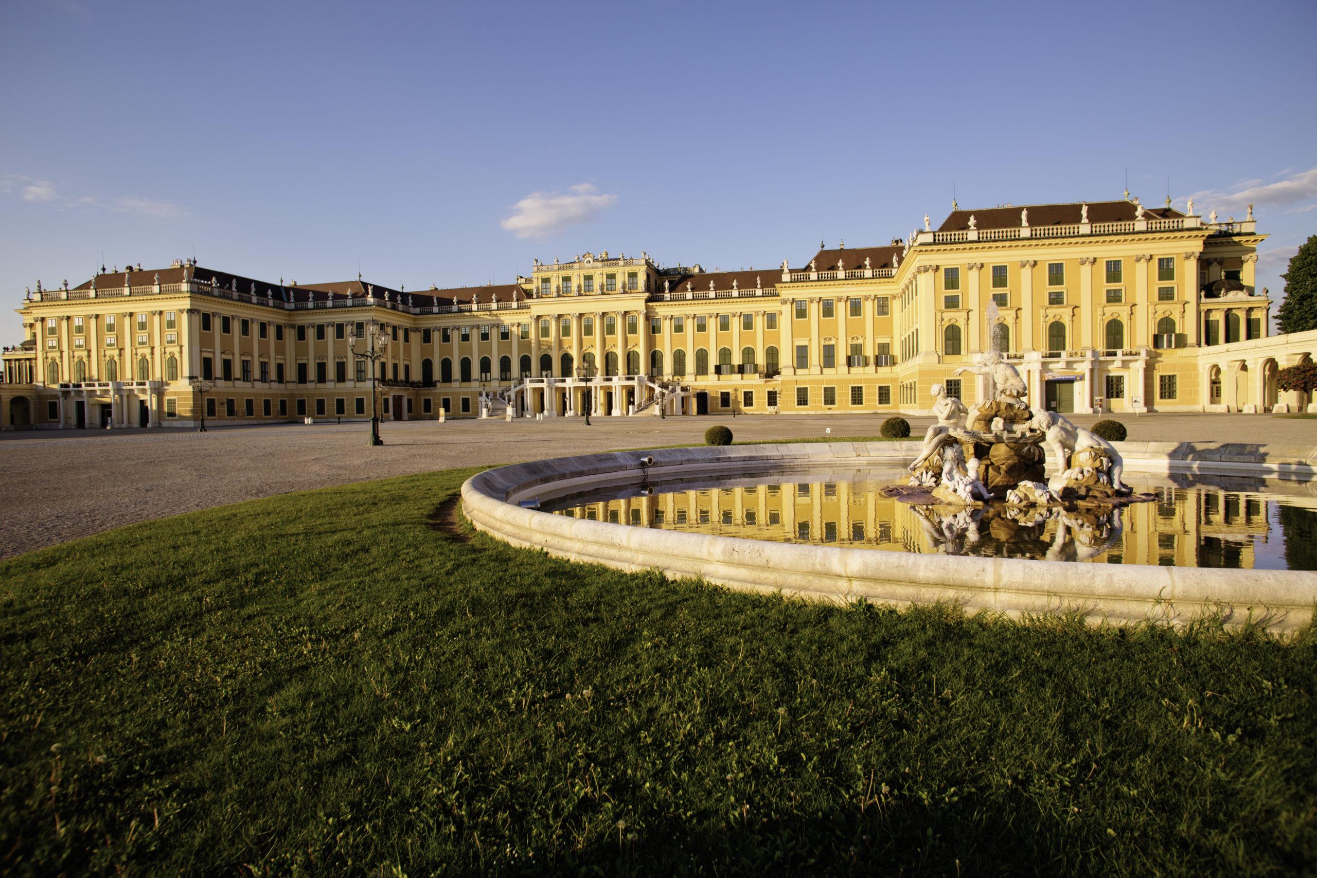 Das Schloss Schönbrunn ist die beliebteste Sehenswürdigkeit in Wien